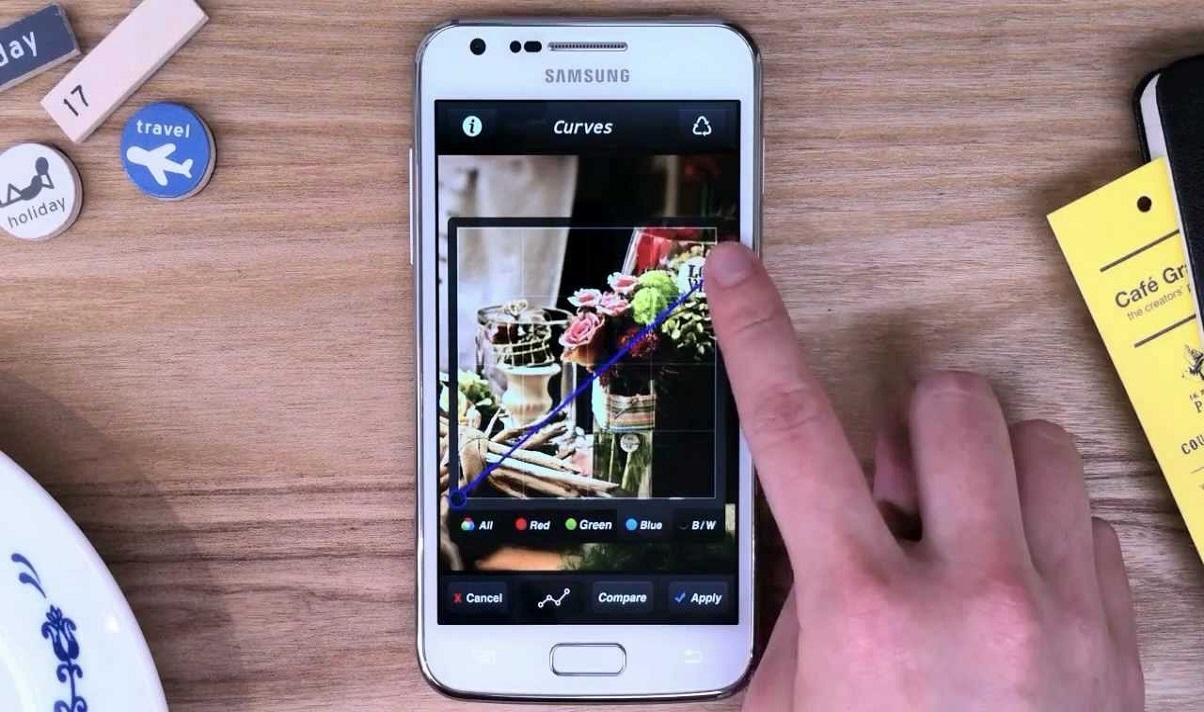 Photoshop pentru tablete, PC-uri, si telefoane-1