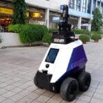 Singapore are un nou șerif… Sau mai mulți – Roboții care patrulează pe străzi